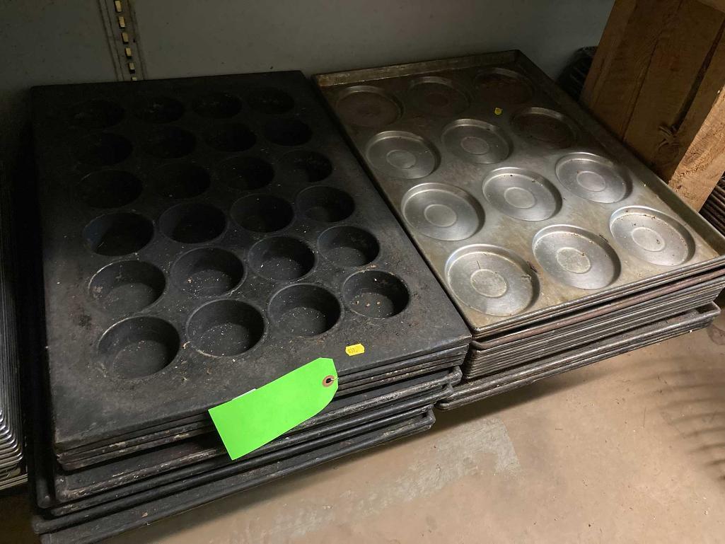 asst-muffin-pans