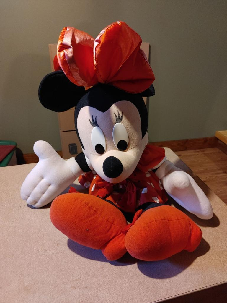 mini-mouse-doll-by-mattel