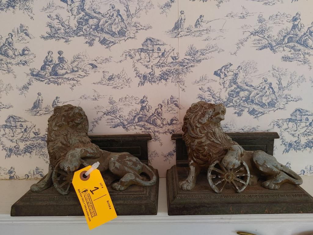 2-vintage-cast-metal-lion-bookends
