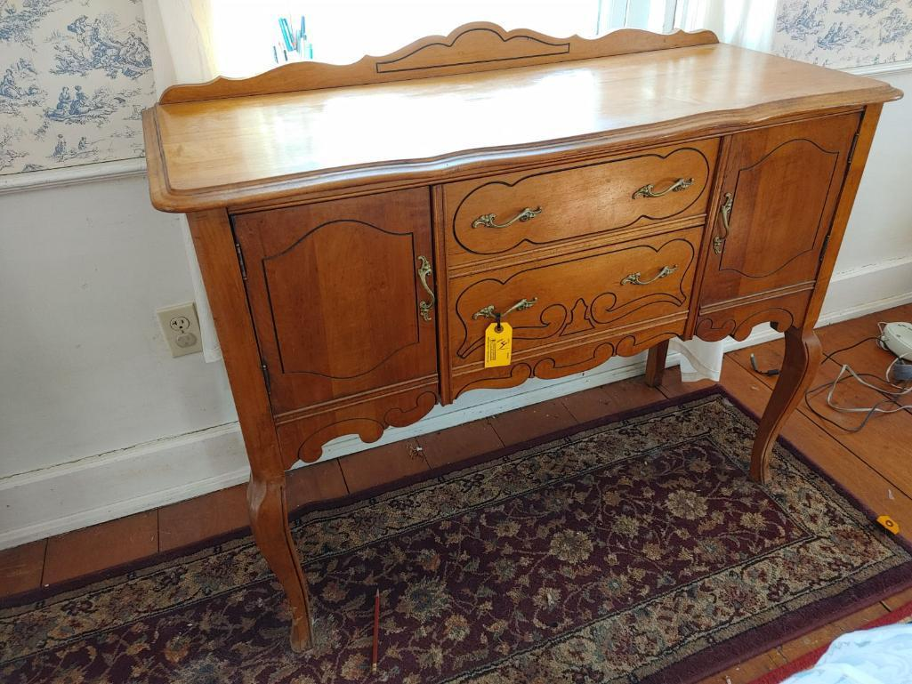 maple-chippendale-style-2-drawer-2-door-sideboard