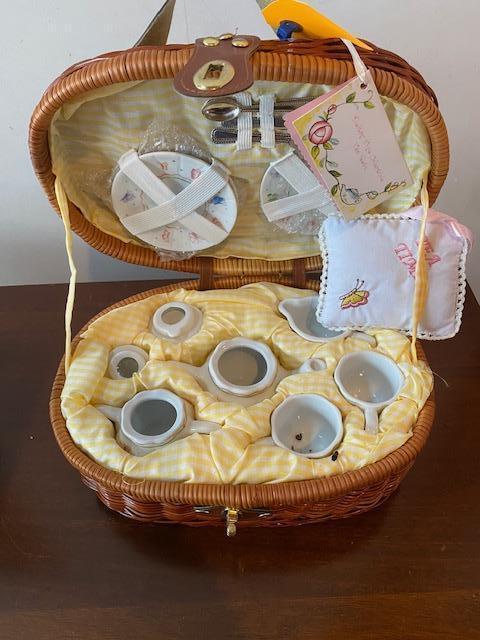 delton-fine-china-collectible-miniature-tea-set-in-wicker-case