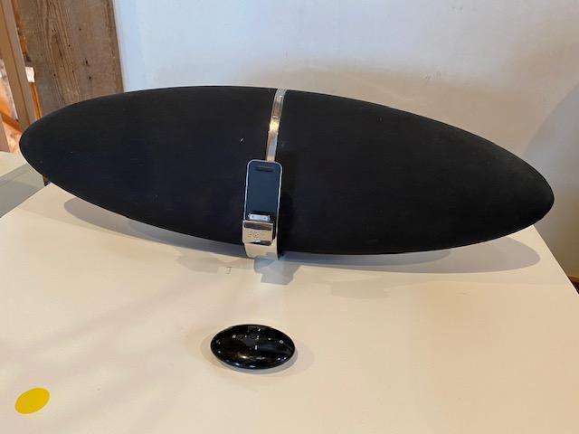 bowers-wilkins-zeppelin-speaker-system