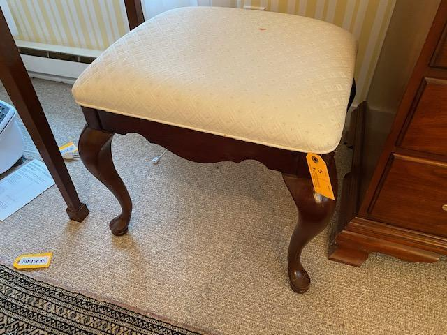 queen-anne-style-upholstered-hardwood-stool
