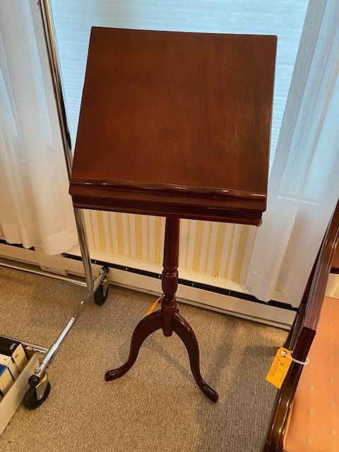 hardwood-book-stand