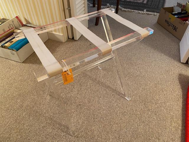 lucite-folding-luggage-stand