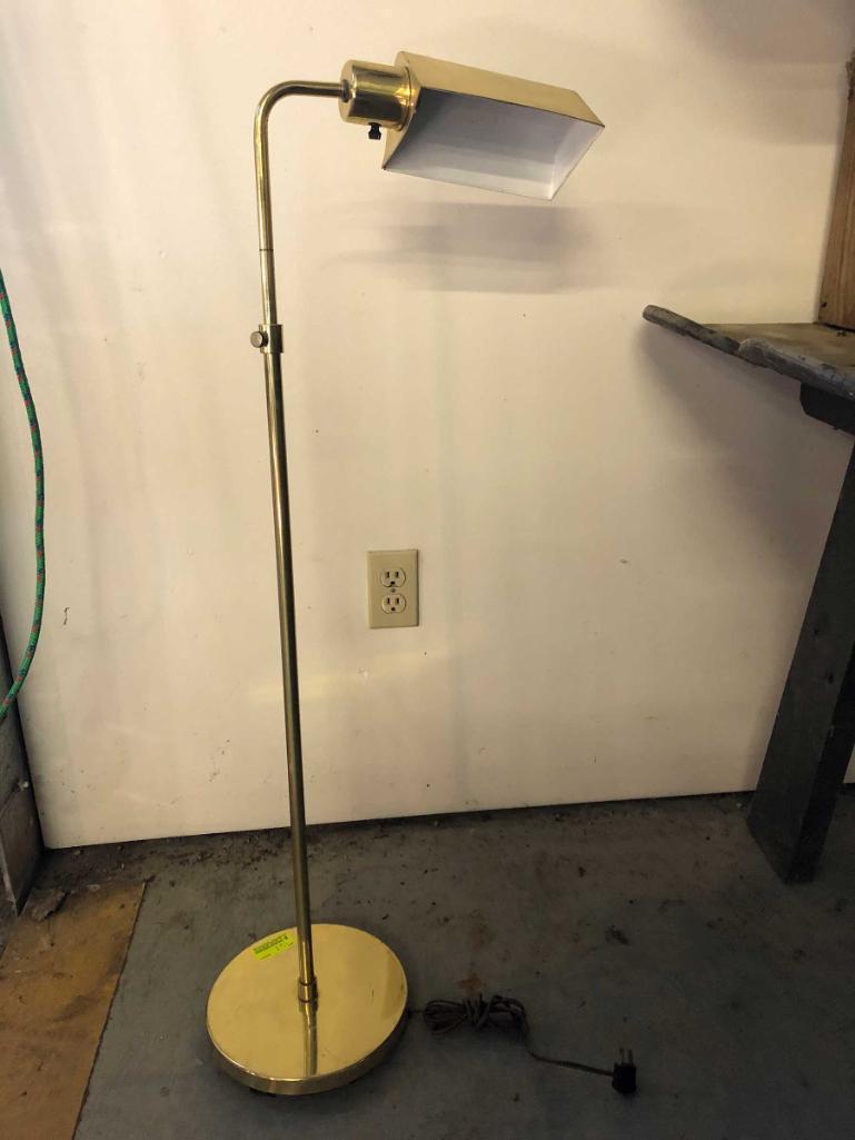brass-adjustable-floor-lamp