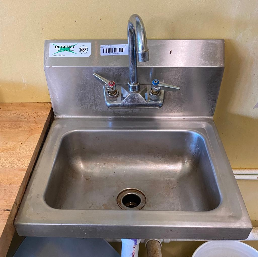 regency-hand-sink-w-faucet