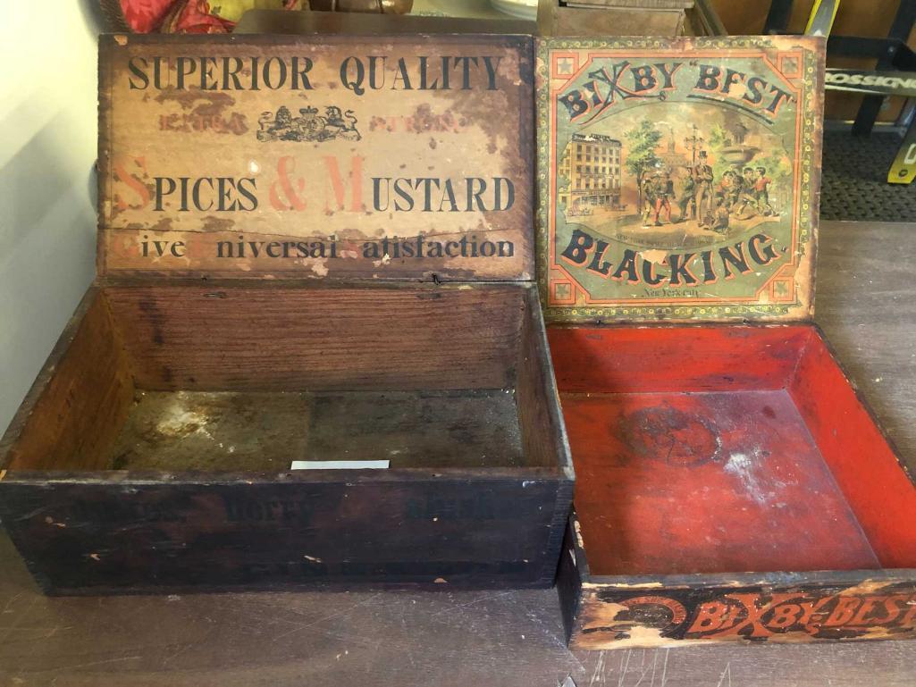 2-advertising-boxes