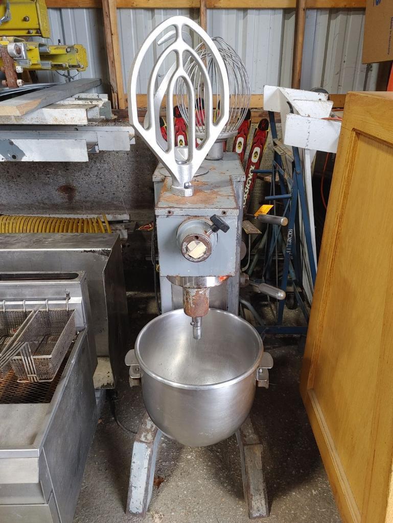 univex-30qt-4-speed-mixer