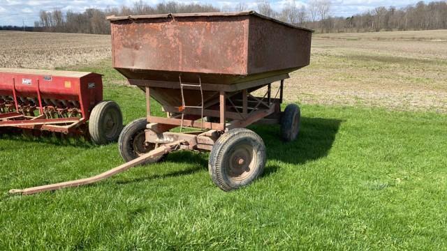 gravity-wagon-w-gehl-running-gear