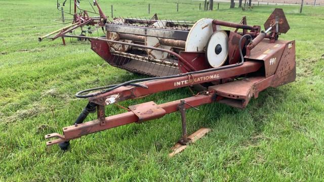 international-harvester-990-7-haybine