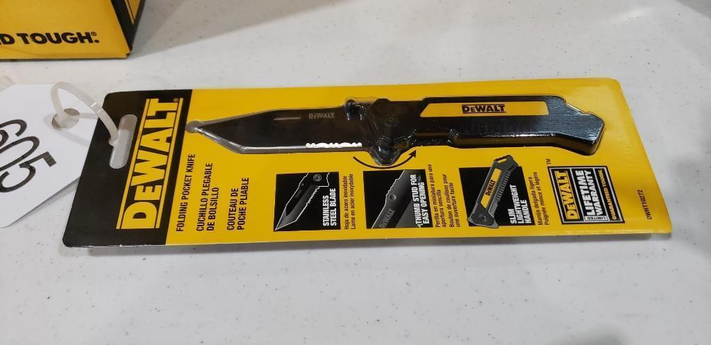 dewalt-folding-pocket-knife