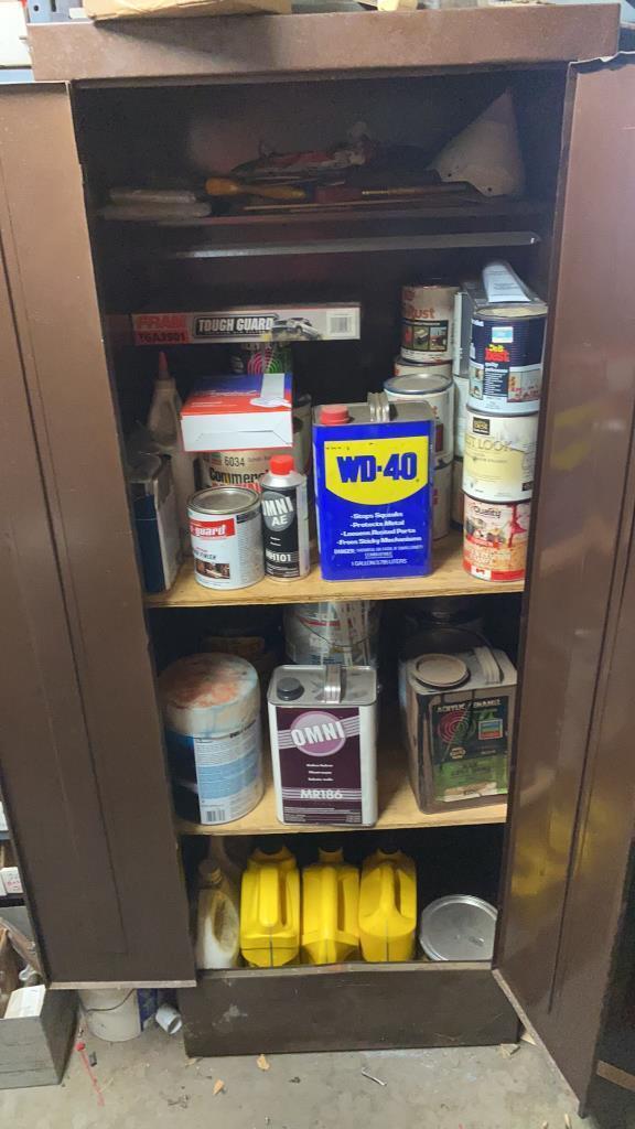 cabinet-w-paint-oil