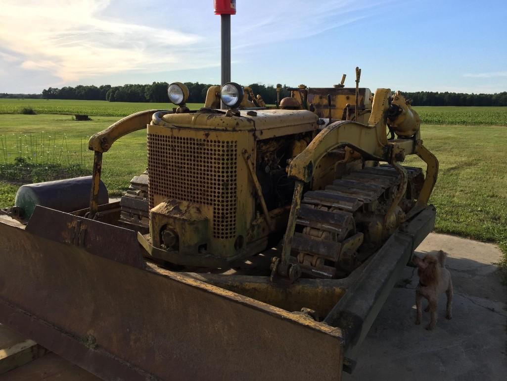 ih-td-9-bulldozer-runs-and-operates