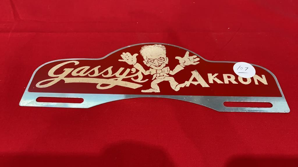 1940s-gassys-cars-of-akron-license-plate-sign