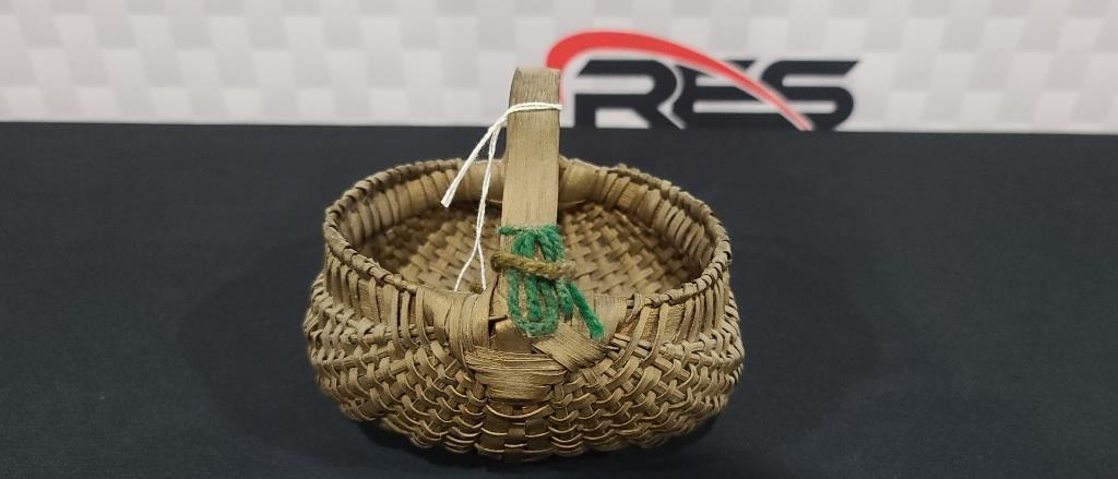 handmade-oak-basket