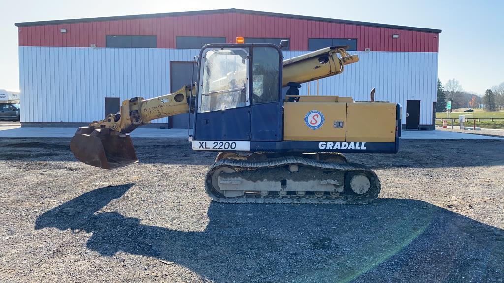 absolute-2002-gradall-xl220-excavator