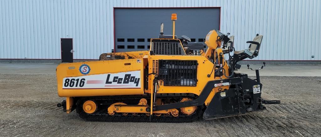 absolute-leeboy-8616-asphalt-paver