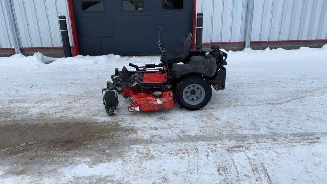 absolute-gravely-pm152-zero-turn-mower