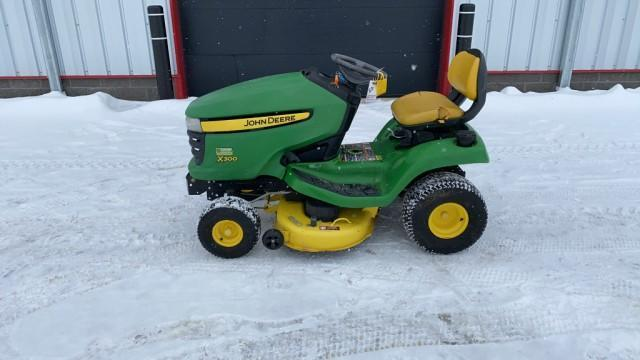 absolute-john-deere-x300-mower