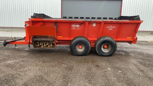 kuhn-knight-8118-manure-spreader