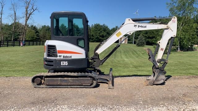 2017-bobcat-e35-mini-excavator