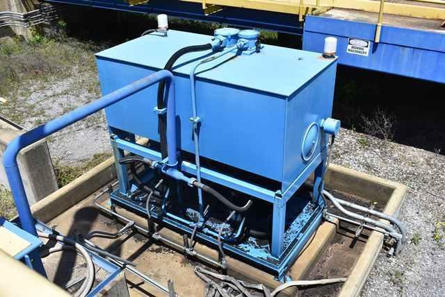 hydraulic-power-unit-supports-bruks-truck-pump