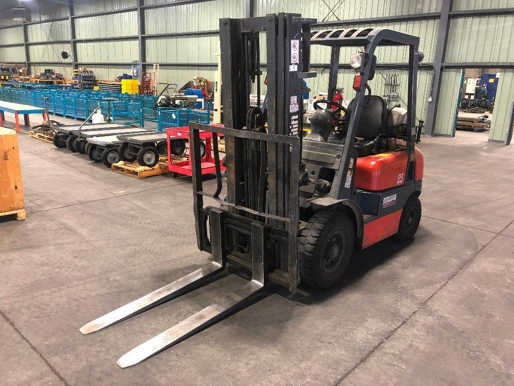 tailift-fg-3700lb-forklift-w-3-stage-lpg-3825-hrs-showing-required-to-stay-on-site-until-april-27th-2020-for-loadout-purposes