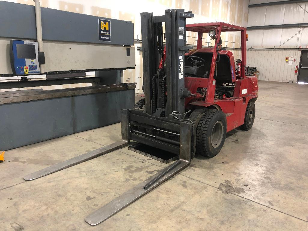 tailift-fg45p-gml-8000lb-forklift-w-3-stage-lpg-hyd-sliding-forks-dual-rubber-front-tires-5538-hrs-showing-requires-repair