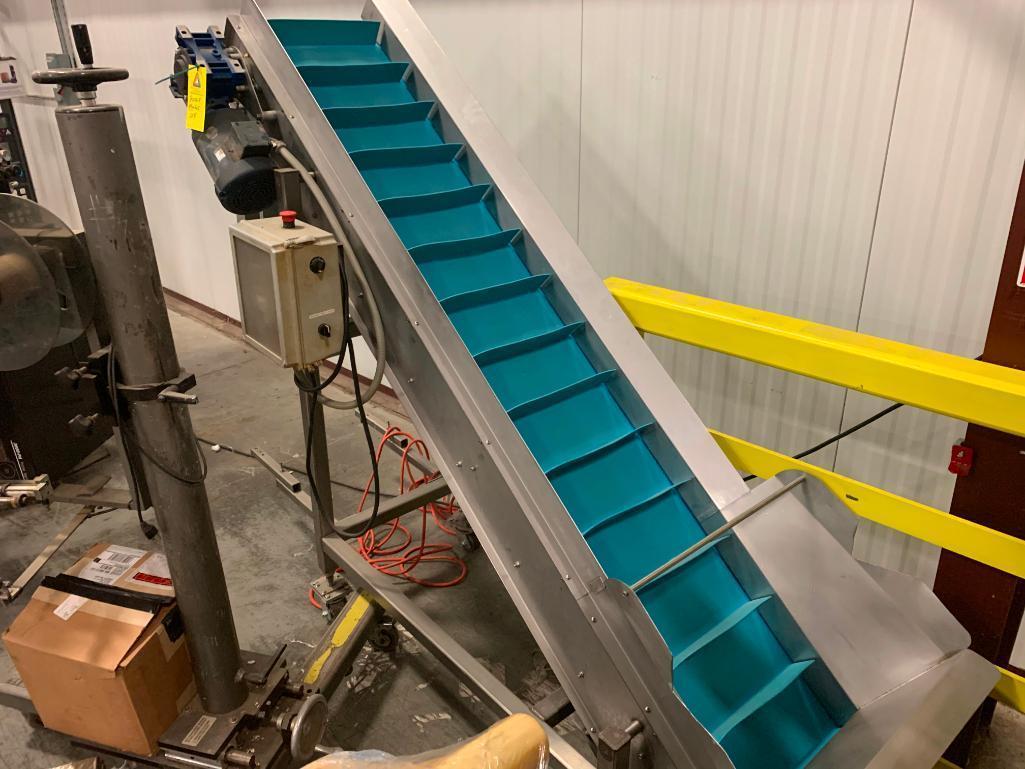 stainless-steel-incline-conveyor
