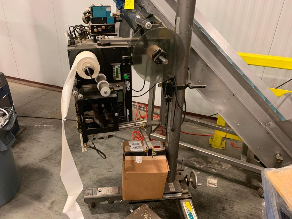 ctm-box-labeler-on-stand