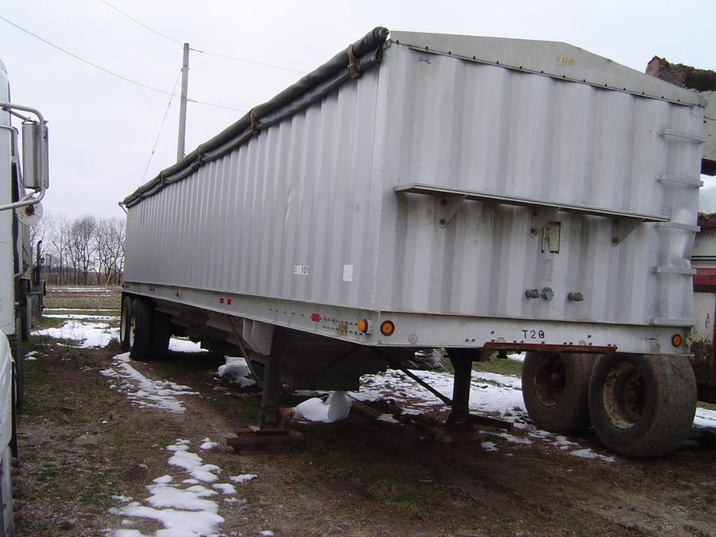 kann-40-aluminum-hopper-trailer