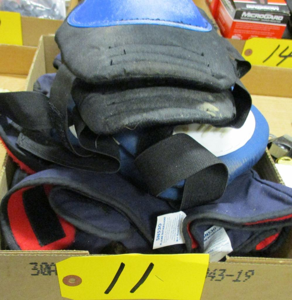 knee-pads-winter-boots