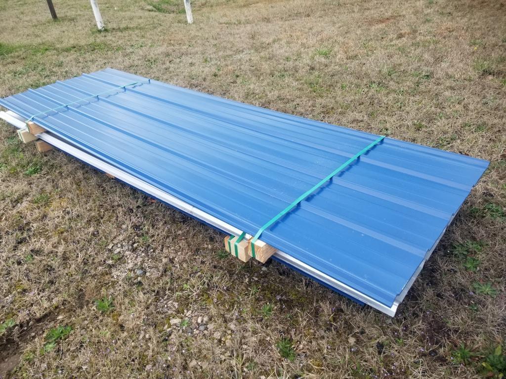 10-metal-roofing-panels-10-gallery-blue