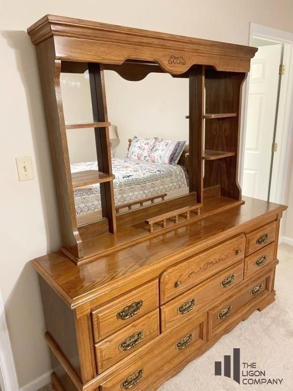 broyhill-dresser-with-detachable-mirror