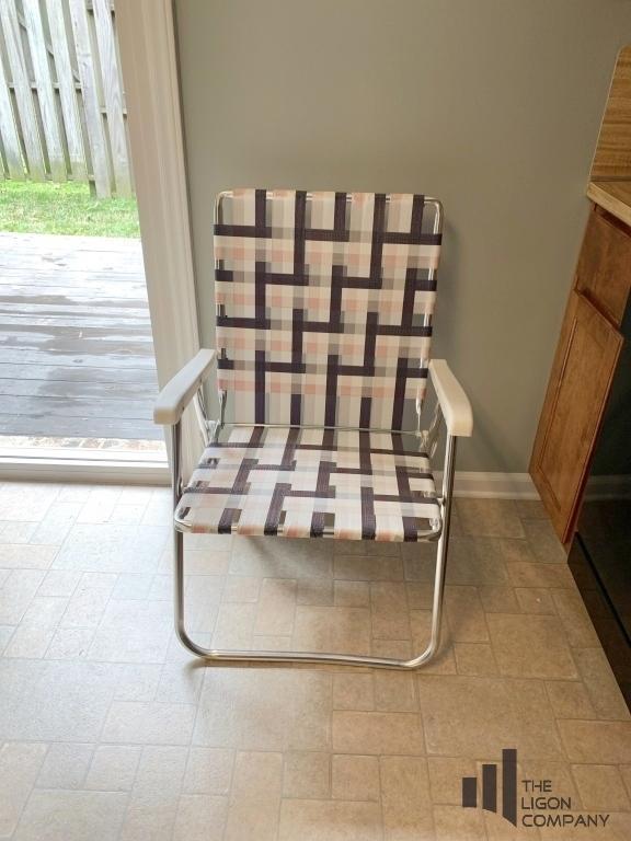 folding-webstrap-lawn-chair