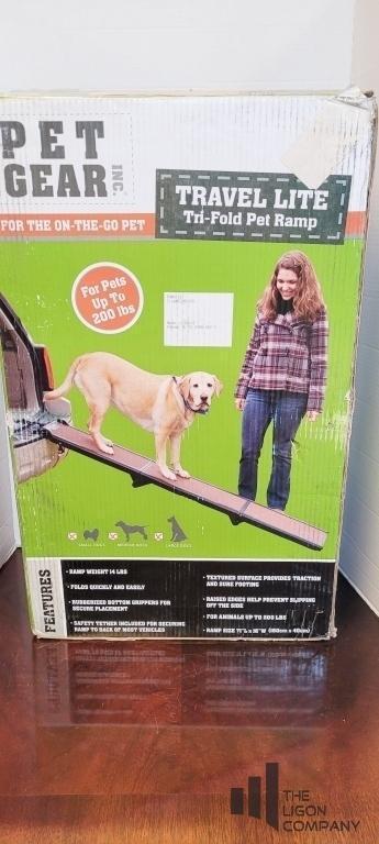 pet-gear-tri-fold-pet-ramp