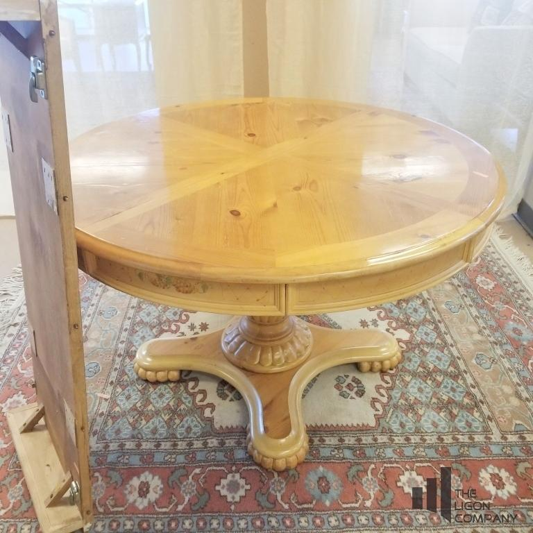 round-dining-table-w-leaf