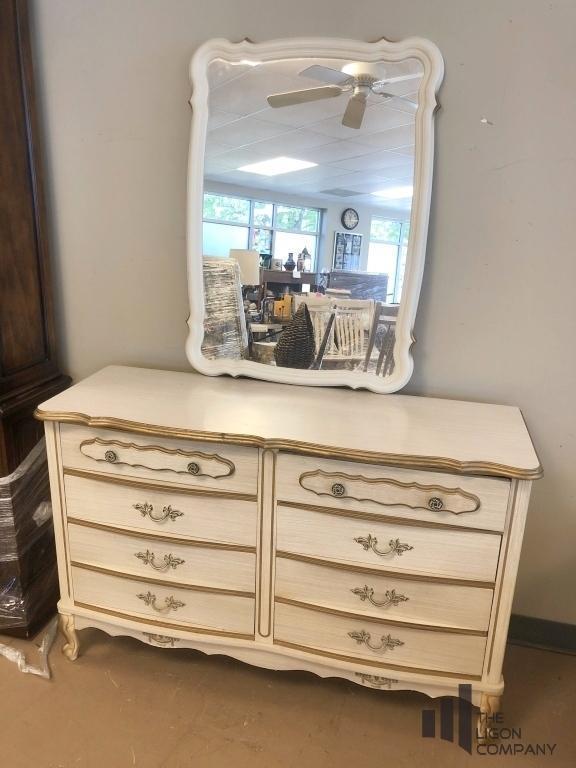 princess-vintage-dresser-and-mirror