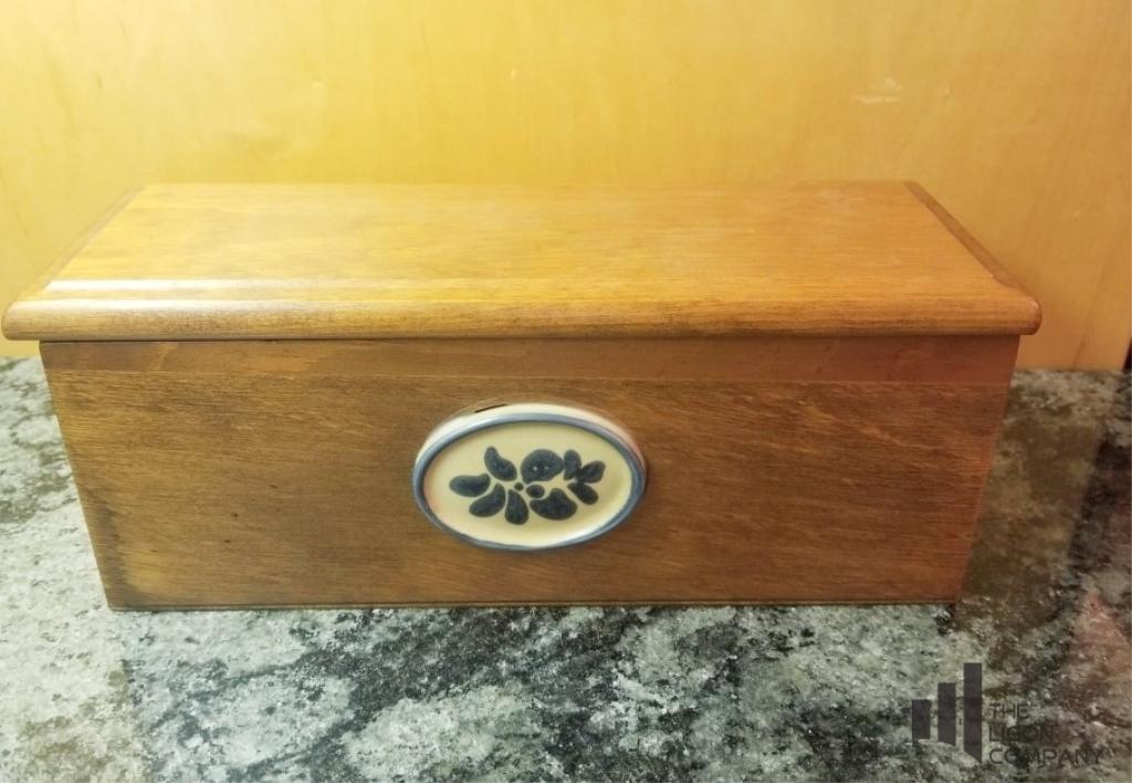 wooden-recipe-card-box