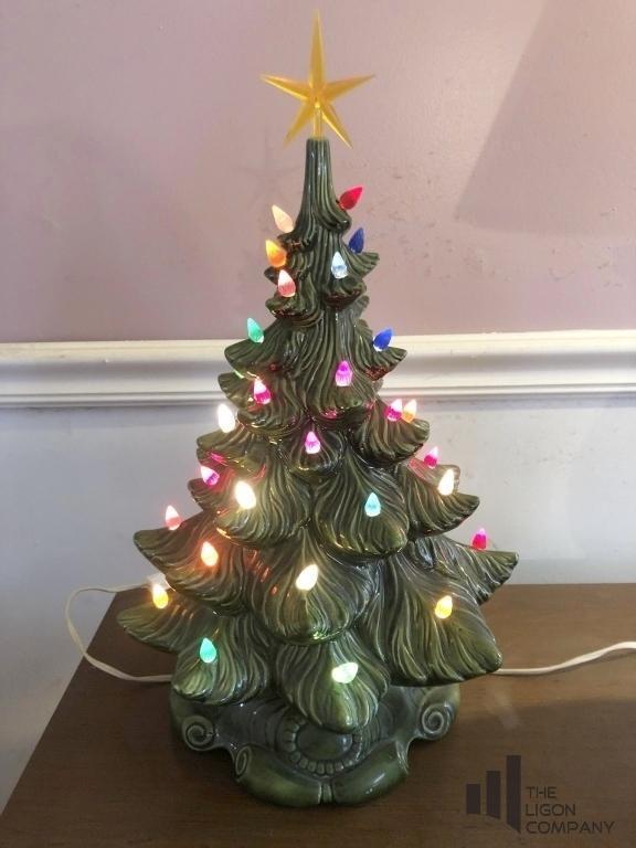 vintage-ceramic-light-up-christmas-tree