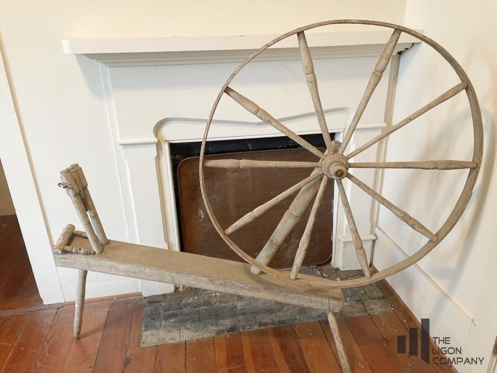 antique-spinning-wheel